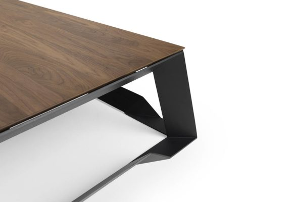 Tank steel table